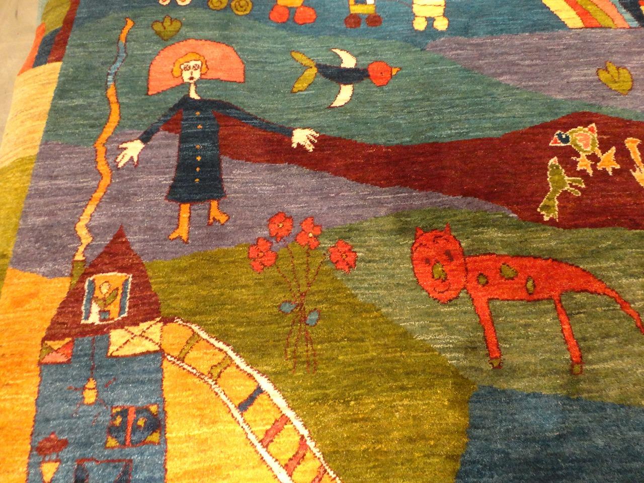 メルヘンで絵本のような絵柄のアートギャッベ絨毯