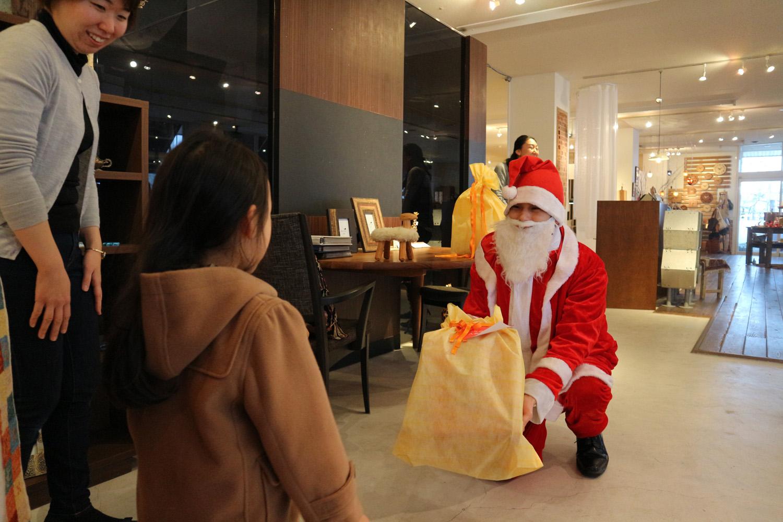 サンタさん登場にどきどき