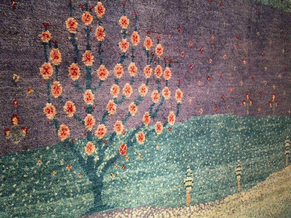 ギャッベ 夜明けの桜