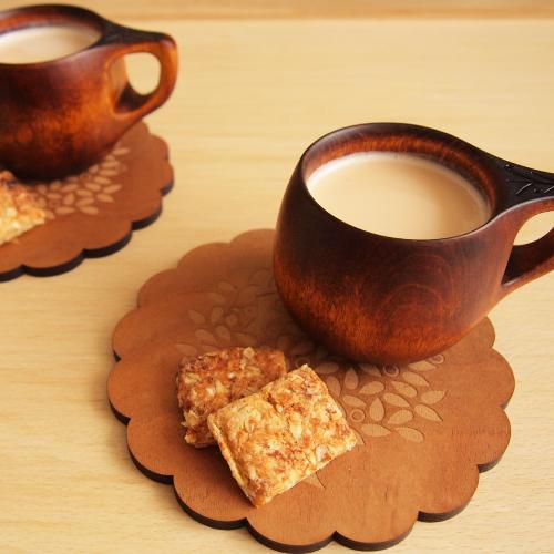 くすのきの鍋敷き お菓子トレーや壁飾りとしても使えます
