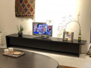 新潟市のインテリアショップのモダンなTVボードです