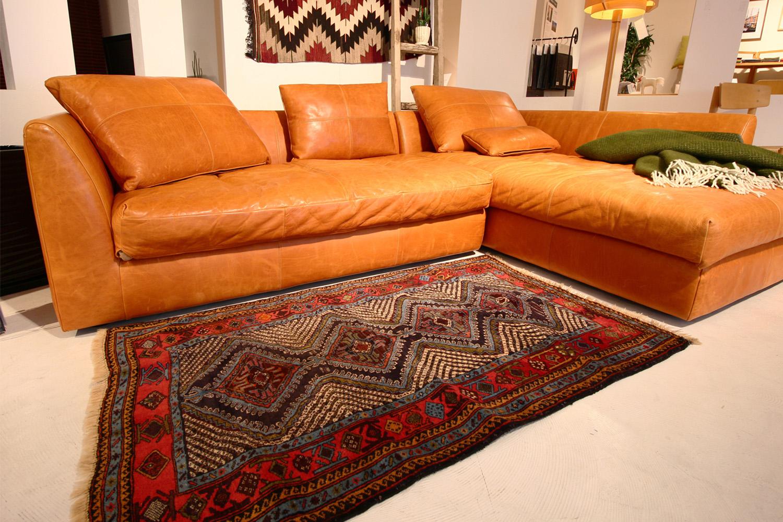 アフガン絨毯