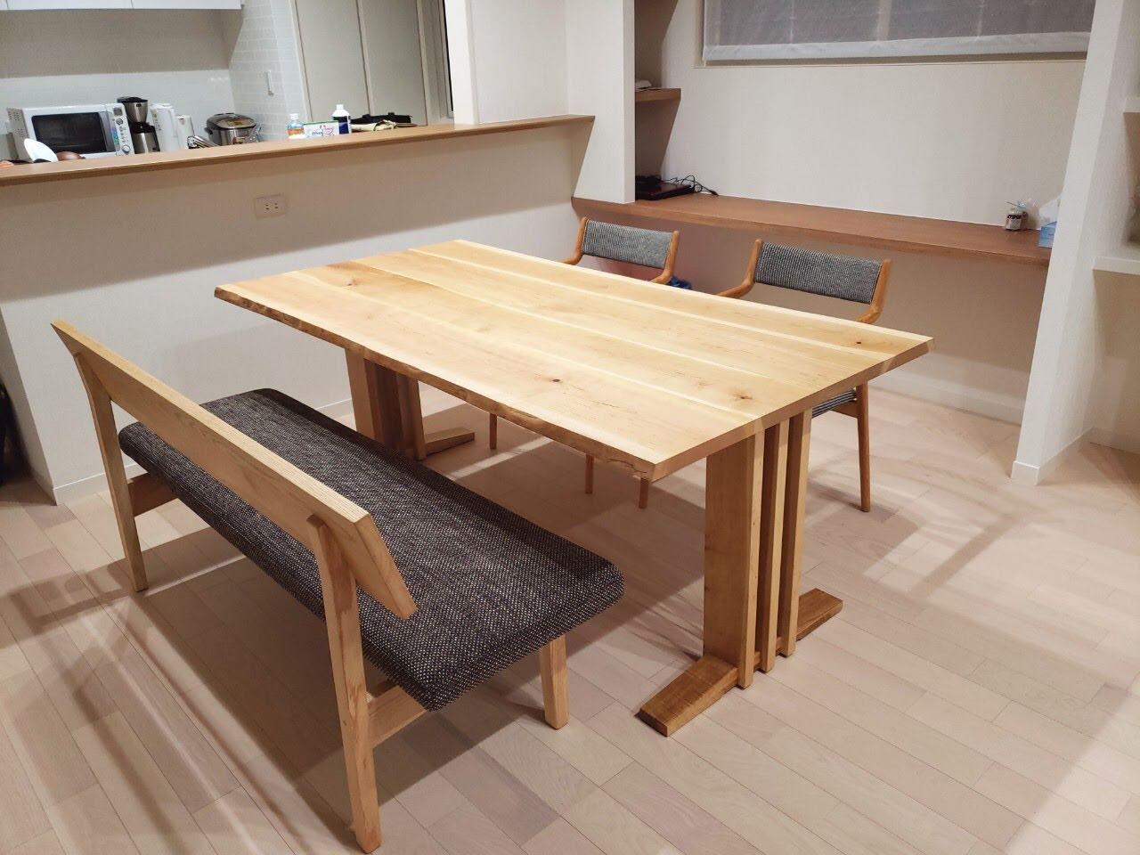 鬼グルミの耳付きオリジナルテーブルを新潟市江南区にお届けしました