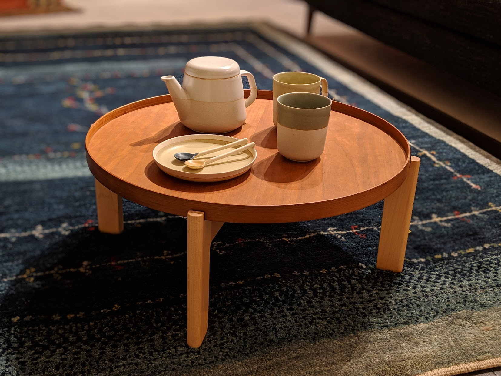 お盆テーブル