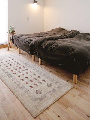 アートギャッベのある風景 ~寝室~03