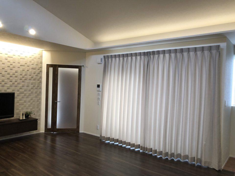 新潟市のナチュラルモダンなご新居にカーテンを納品致しました