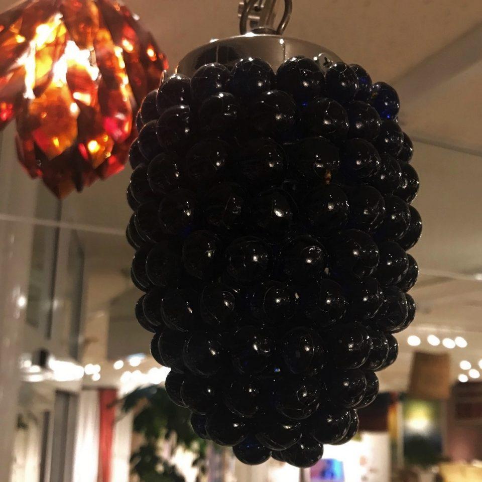 葡萄の形のガラスペンダント