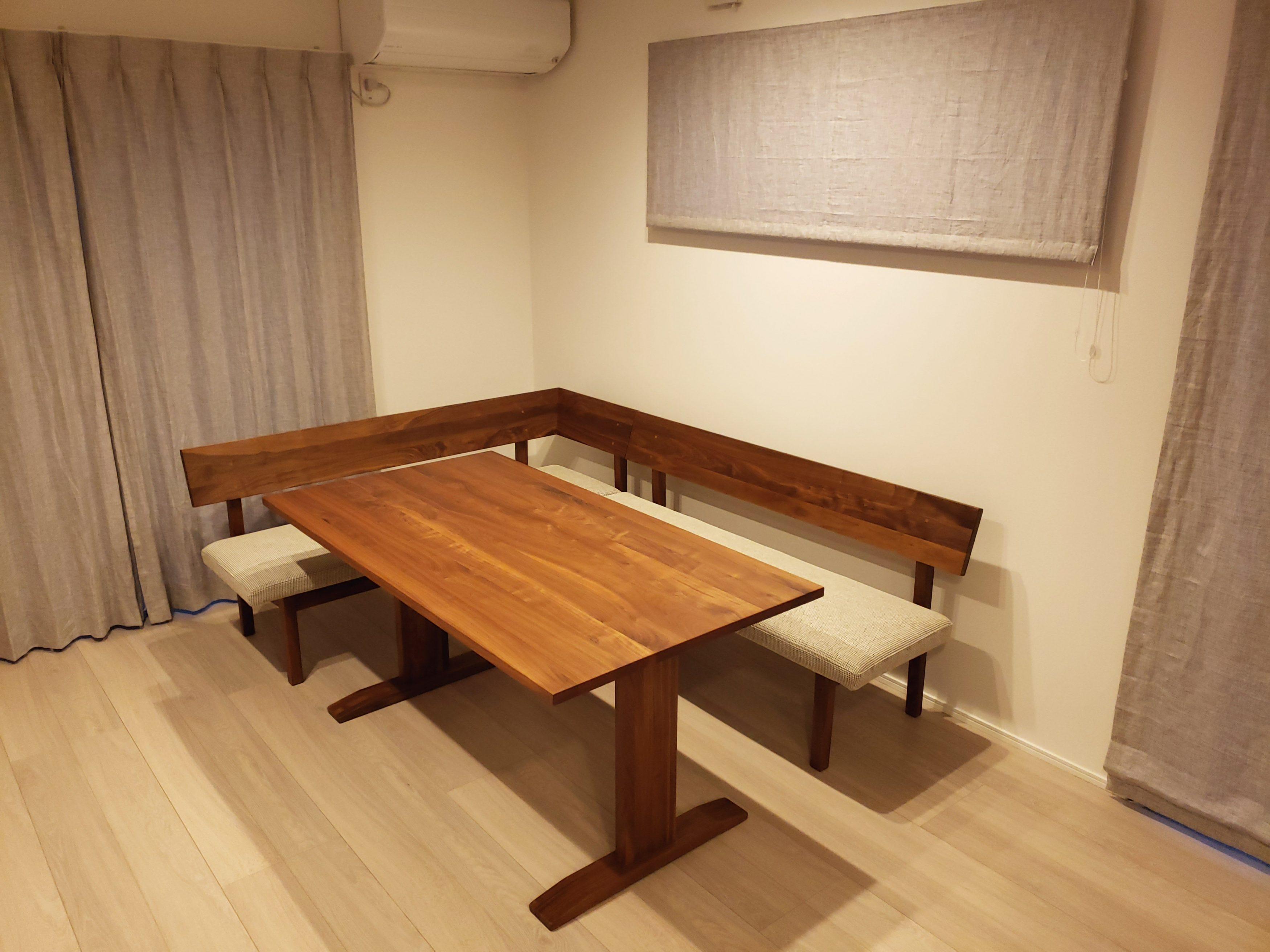 新潟の家具屋、インテリアのテーブル