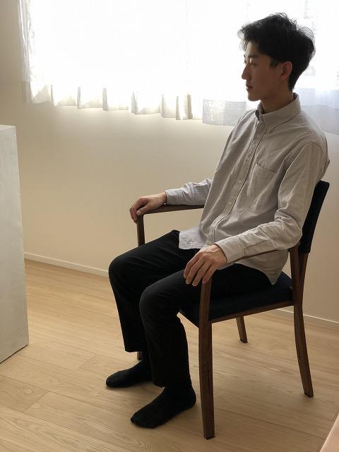 新潟市の家具店ボー・デコールでは、ウォールナット材のダイニングチェアーを多数展示しております