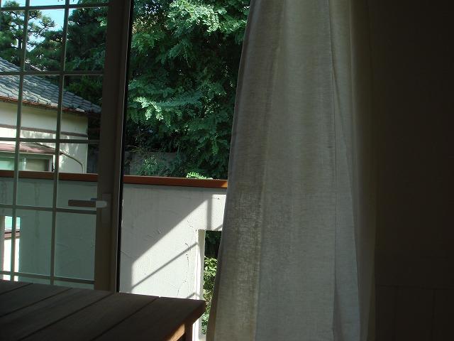 リネンカーテンを新潟市のボー・デコールで展示しております
