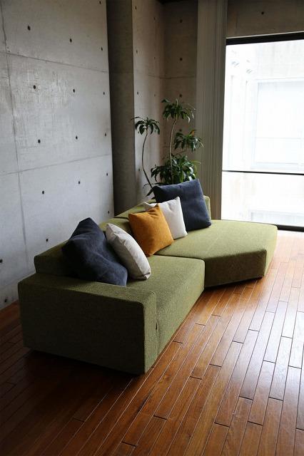 新潟市の家具店ボー・デコールでは、10月25日までソファ展開催中です