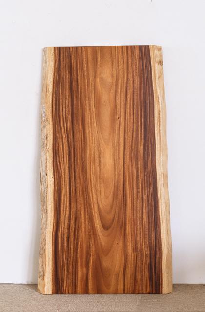 モンキーポッド材の一枚板W1600