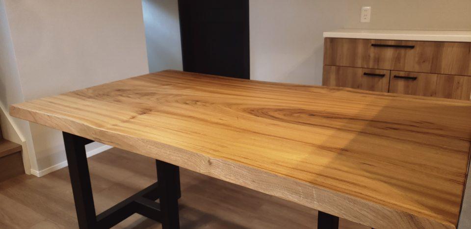 ダイニングテーブル 一枚板 木目