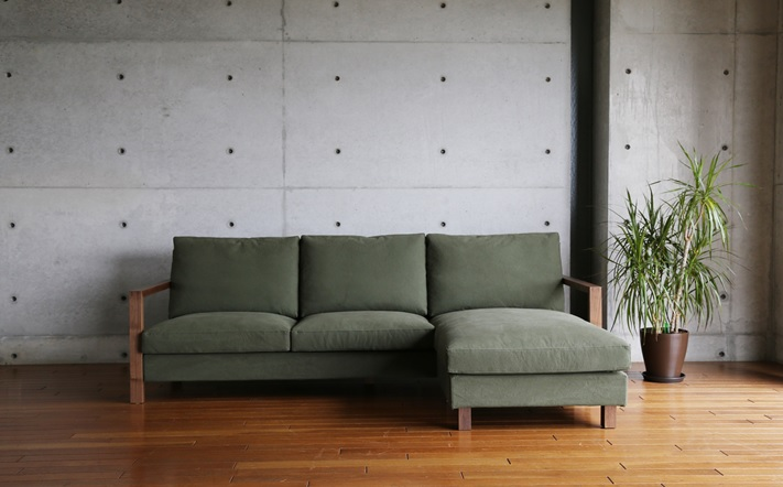 カウチにもソファにもなるボー・デコール人気のソファです